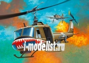 04905 Revell 1/24 Bell UH-1 Huey
