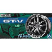 05462 Aoshima 1/24 Volk Racing GT-V 19inch