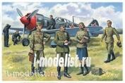 48084 ICM 1/48 Пилоты и техники ВВС СССР (1943-1945 г.)