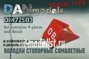 DM72503 DANmodel 1/72 Колодки стопорные самолетные 4 шт , набор №1 + декаль