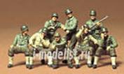35080 Tamiya 1/35 U.S. Combat Group Американская штурмовая группа на отдыхе, восемь фигур.