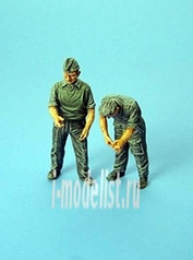 F 3009 Aires 1/35 German maintenance crew