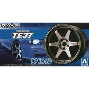 05390 Aoshima 1/24 Volk Racing TE37 19 inch