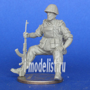 Mcf35161 MasterClub 1/35 Soviet soldier sitting on the APC-70. Afghanistan