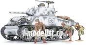 35251 Tamiya 1/35 M4A3 Sherman Американский танк со 105мм гаубицей, конец 1944г. Набор включает три фигуры и три варианта декалей.