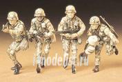 35133 Tamiya 1/35 Американские современные пехотинцы с М16А1, М203, М47 и М60 в атаке (4 фигуры)