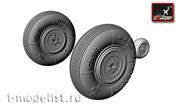 AW72004 Armory 1/72 Набор дополнений колес для  Як-3
