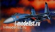 12270 Academy 1/48 Самолет Sukhhoi Su-27 Flanker B
