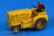 320 123 Aires 1/32 Minneapolis-Moline MT-40 Tow Tractor (US NAVY)
