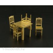 BRL72013 Brengun 1/72 Стол и стулья