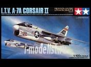 61607 Tamiya 1/100 Corsair II