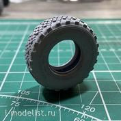 im35015 Imodelist 1/35 Шины без дисков для К-4350. Вариант А (легкая нагрузка) плюс запаска стандарт (круглая)