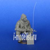 Mcf35157 MasterClub 1/35 Современный Российский солдат с радиостанцией Р-159