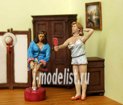 149 Plusmodel 1/35 Girls (девушки, 2 фигуры)
