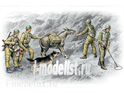 ICM 1/35 35031 Soviet sappers, war in Afghanistan, 1979-1988