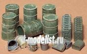 35026 Tamiya 1/35 Set of barrels (6pcs), cans (18pcs) and buckets (4pcs)