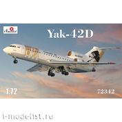 72342 Amodel 1/72 Самолет Як-42Д