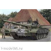 35A038 Amusing Hobby 1/35 Танк T-72M1 с полным интерьером
