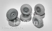 35129 Miniarm 1/35 wheel Set OI-25 (CCCP) for car U-375D, early (6pcs plus spare tire)