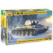 3689 Звезда 1/35 Советский средний танк Т-34/76 1943 УЗТМ