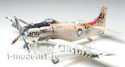 61058 Tamiya 1/48 Skyraider U. S. Navy