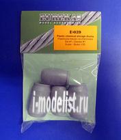 E-039 Eureka 1/35 Plastikowe beckzi na chemikalia Set #1