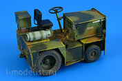 320 108 Aires 1/32 UNITED TRACTOR G40C TOW TRACTOR (LPG)