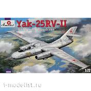 72212 Amodel 1/72 Самолет Яковлев Як-25РВ-II Nato code