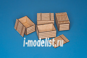 35D22 RB Model 1/35 Natural wood box (original dim.:50cm x 33cm x 28cm)