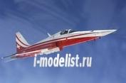 1333 Italeri 1/72 Самолет F-5E Tigher ll Patrouille Suisse