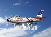 2503 Italeri 1/32 F-86F Sabre Jet ''Skyblazers''