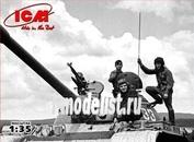 35601 ICM 1/35 Soviet tank crew (1979-1988)