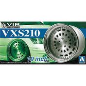 05247 Aoshima 1/24 VIP Scale VXS210 19inch